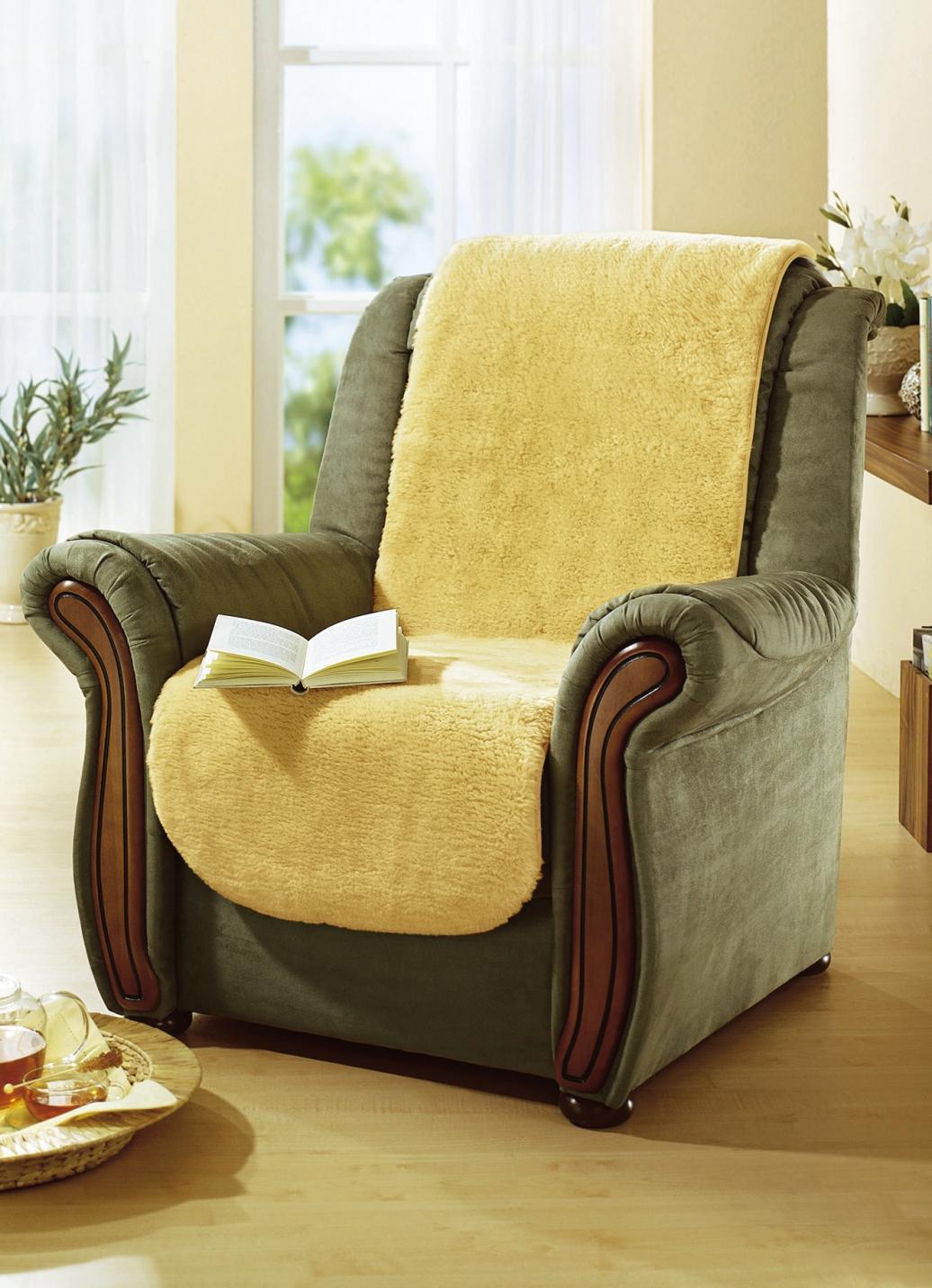 Sesselschoner aus flauschig weichem Lammfell - Sessel- & Sofaüberwürfe | Brigitte Hachenburg