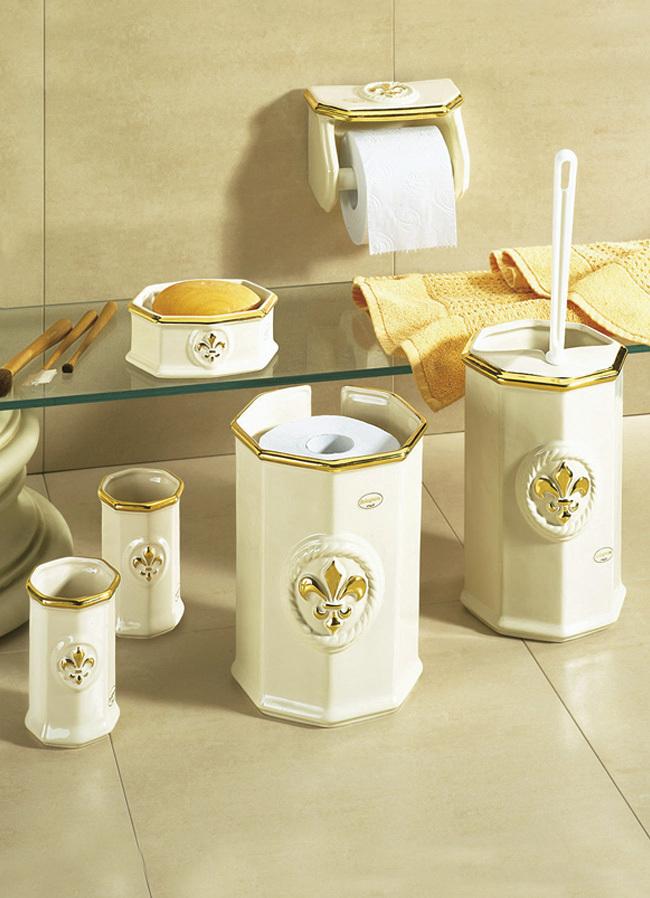 Badezimmeraccessoires badezimmer brigitte hachenburg for Badezimmer accessoires set