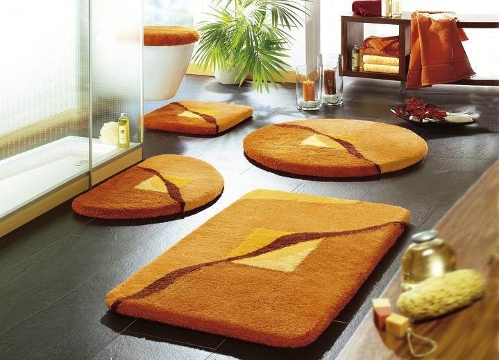 badgarnitur in verschiedenen farben badezimmer brigitte hachenburg. Black Bedroom Furniture Sets. Home Design Ideas