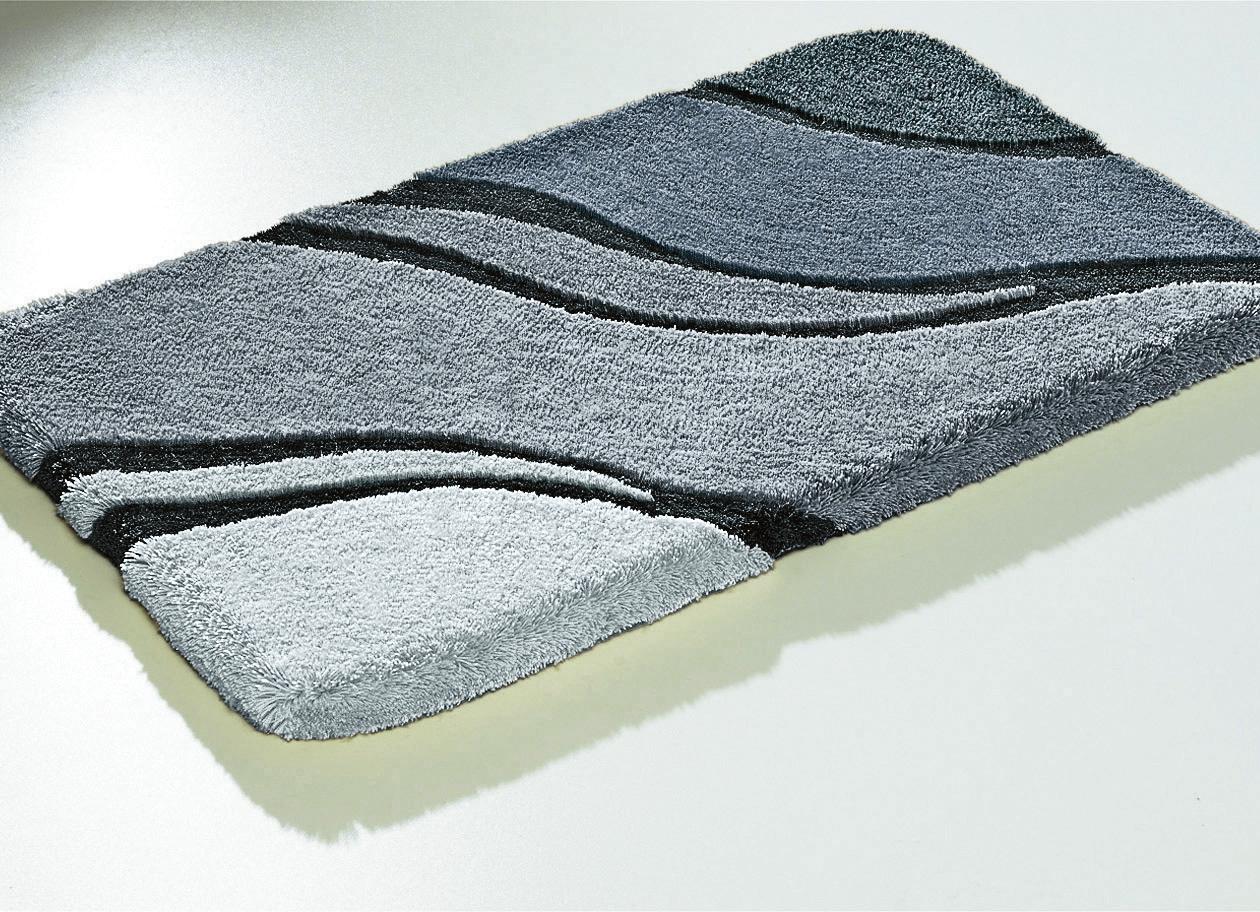 kleine wolke badgarnitur in verschiedenen farben. Black Bedroom Furniture Sets. Home Design Ideas