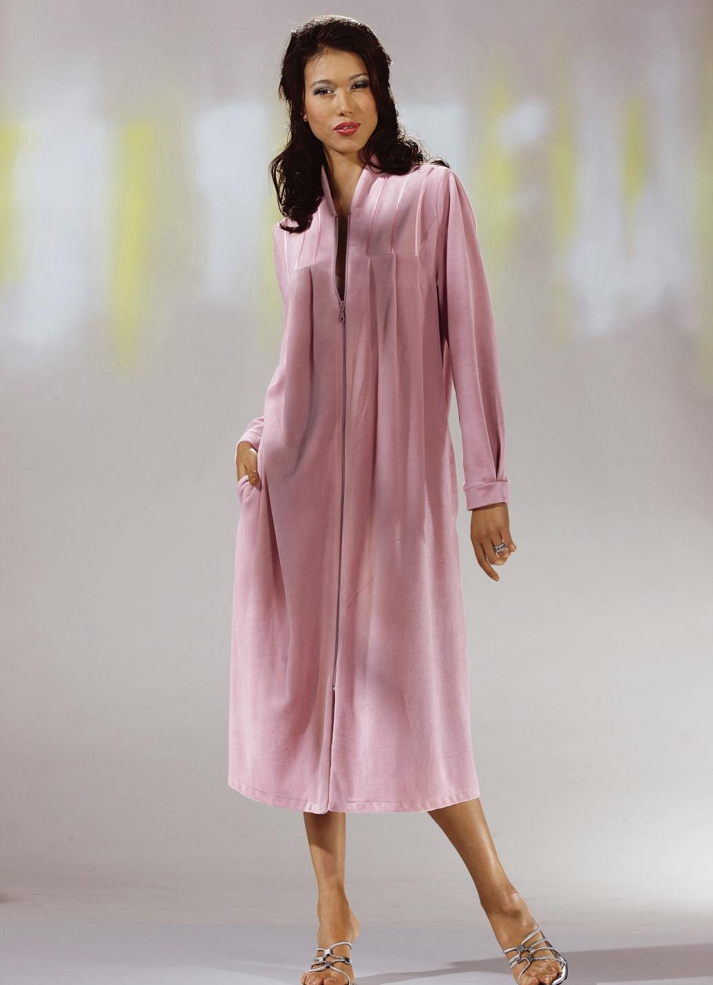 Hausmantel mit durchgehendem rei verschluss in 4 farben for Brigitte hachenburg mode