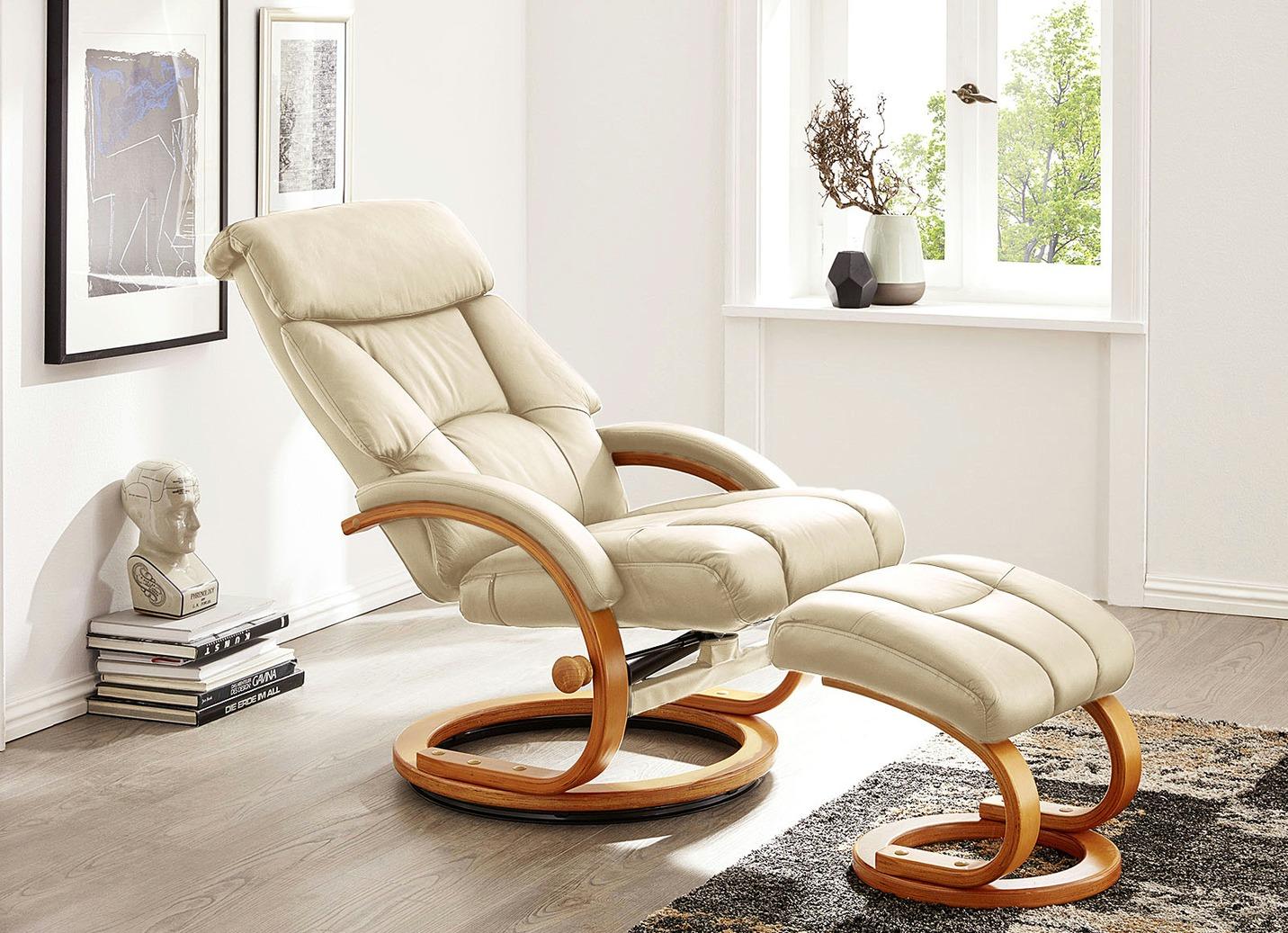 Relax-Sessel mit Hocker - Wohnzimmer   Brigitte Hachenburg