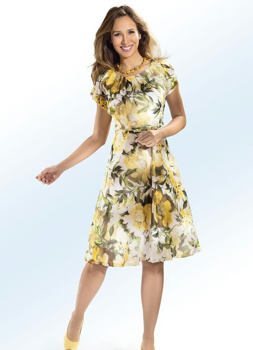 65ebd0438f2bfc Kleid mit Gürtel