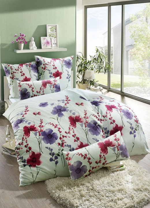 Bettwäsche Set Im Blüten Dessin In Verschiedenen Farben