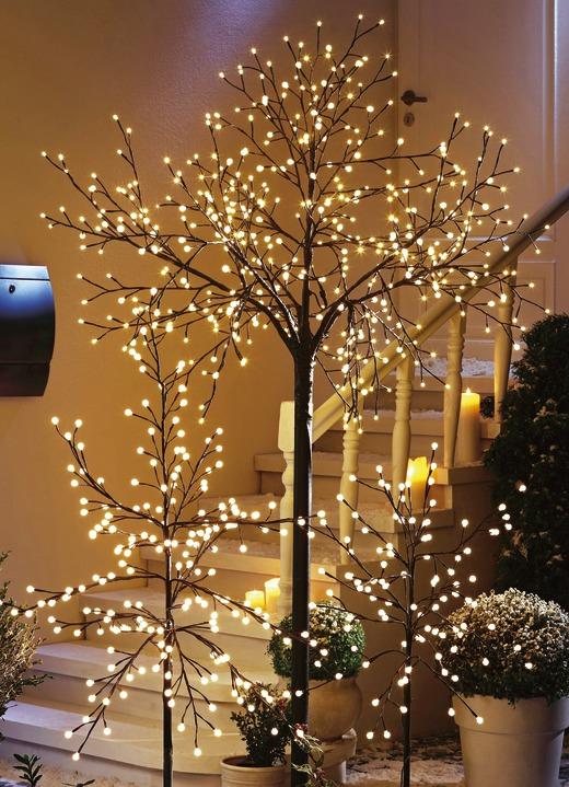 Led-Baum In Verschiedenen Ausführungen - Leuchtende Dekoration