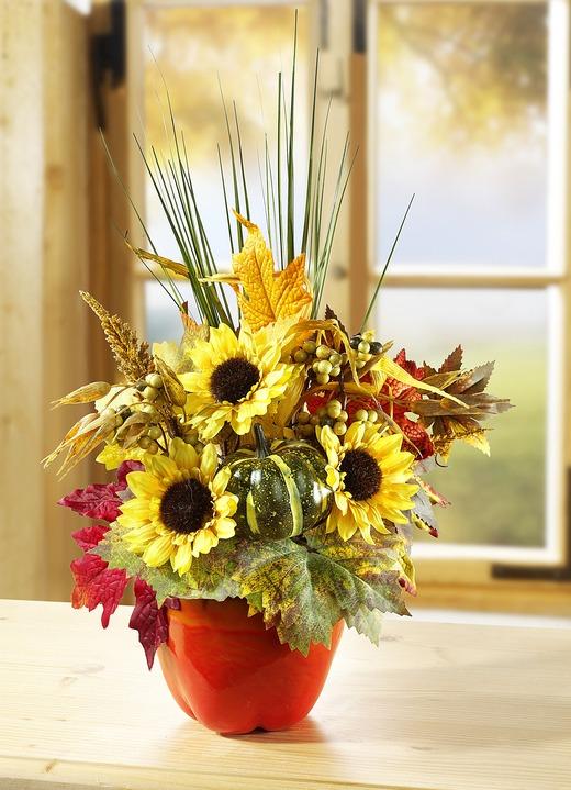 Sonnenblumen-Gesteck in Form eines Apfels - Kunst- & Textilpflanzen ...